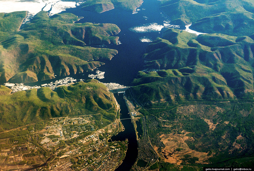 Зейская ГЭС на Дальнем Востоке.