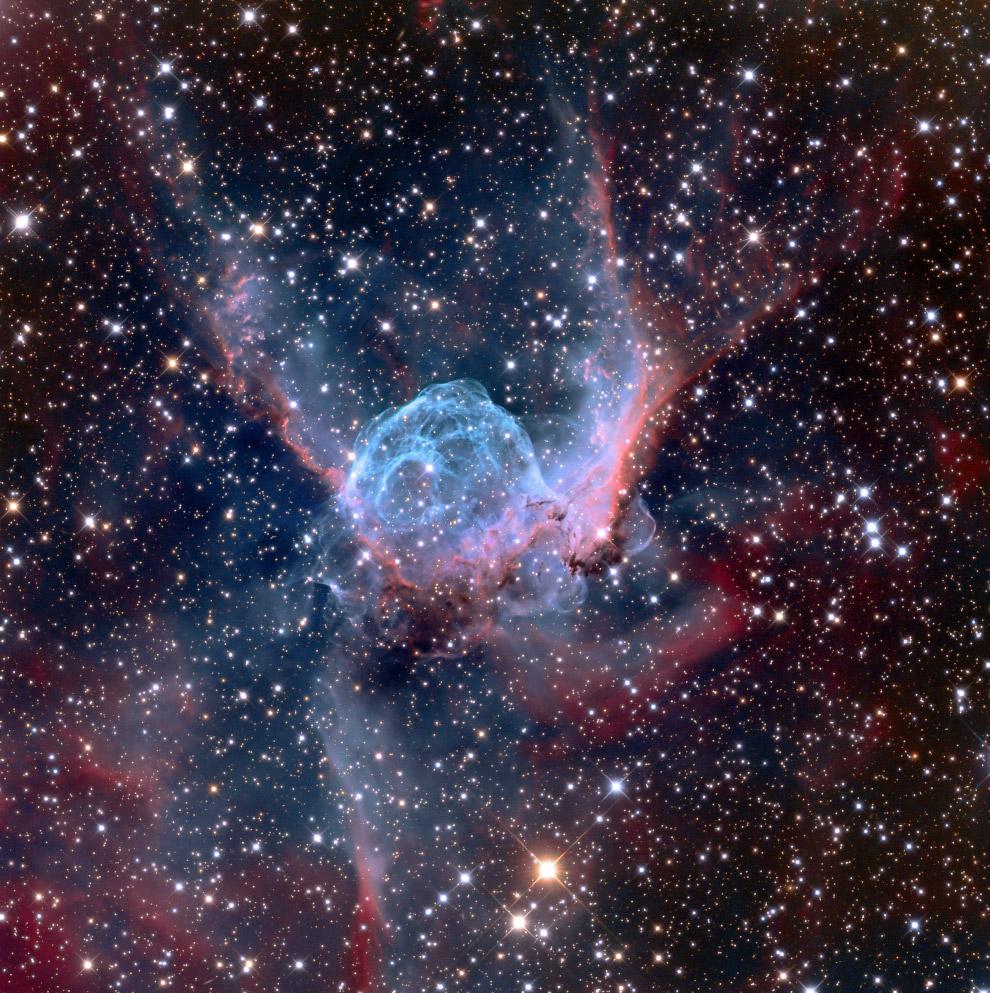Эмиссионная туманность NGC 2359
