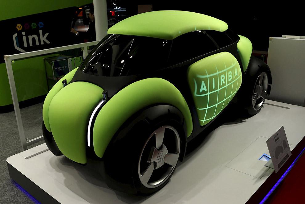 Автомобиль-диван Toyota Gosei «Fresby»