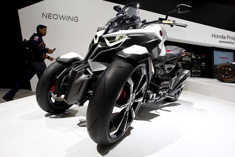 трицикл Neowing