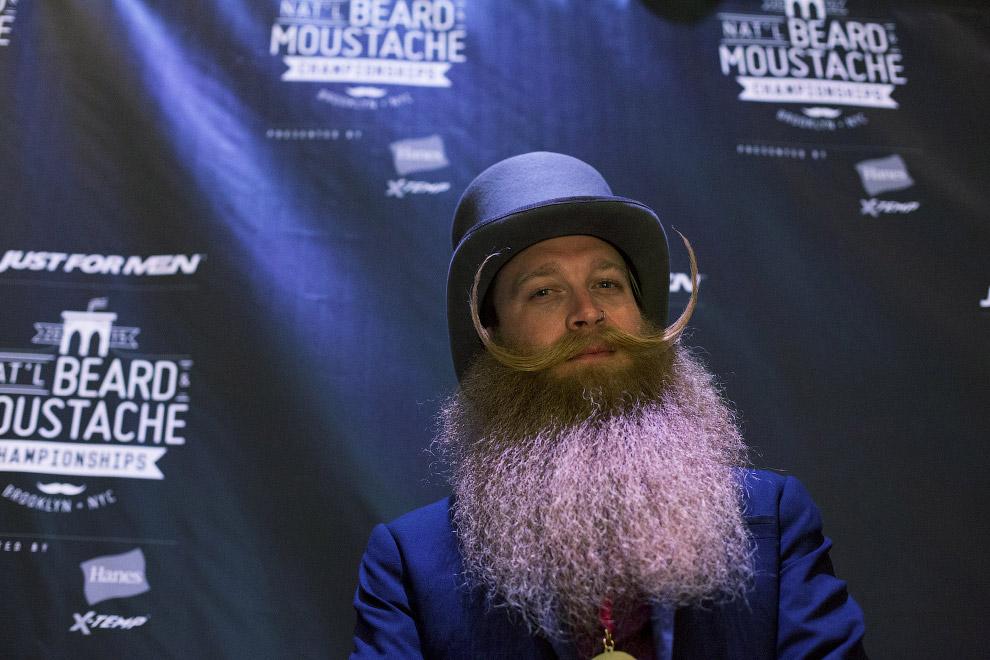 Главный победитель Чемпионата бород и усов в Нью-Йорке