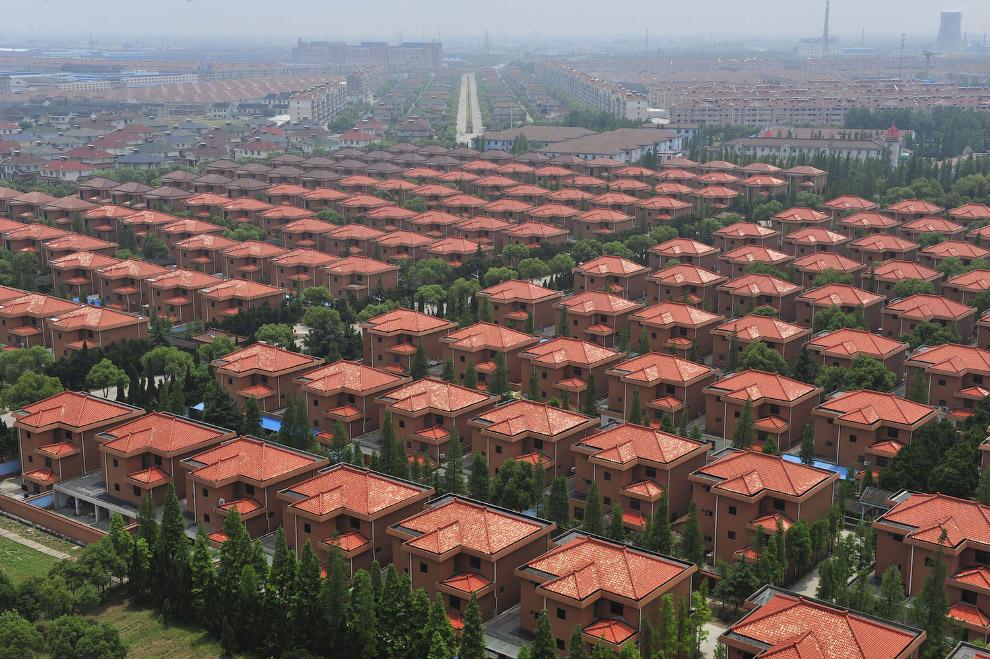 Стройные ряды вилл в провинции Цзянсу