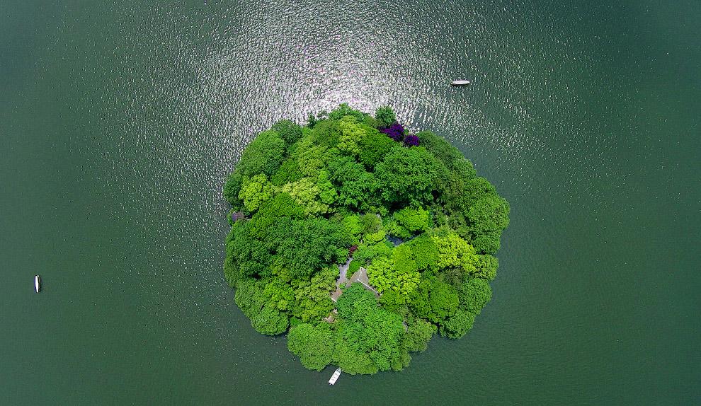 Маленький остров в провинции Чжэцзян
