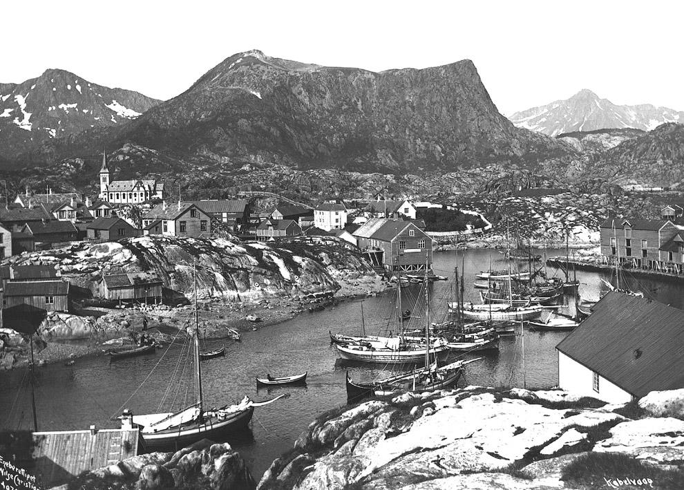 Деревня Кабельвог в коммуне Воган, фюльке Нурланн в Норвегии