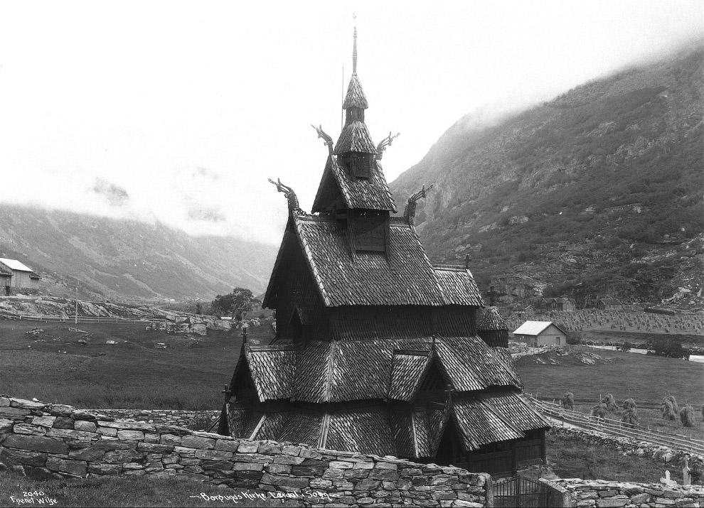 Ставкирка в Боргунне — одна из самых древних сохранившихся каркасных церквей