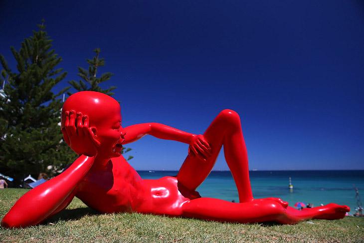 Скульптуры у моря 2015