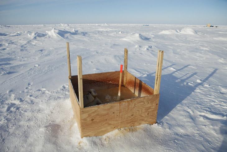 Туалет лаборатории прикладной физики Ice Station на Аляске