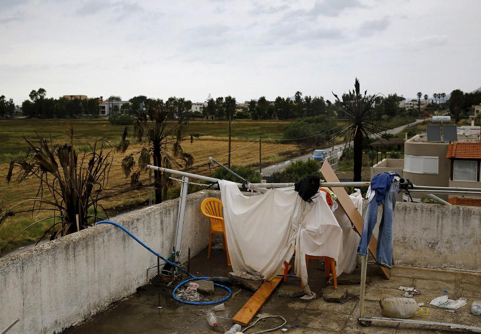 Сооружение для мигрантов на греческом острове Кос, Греция