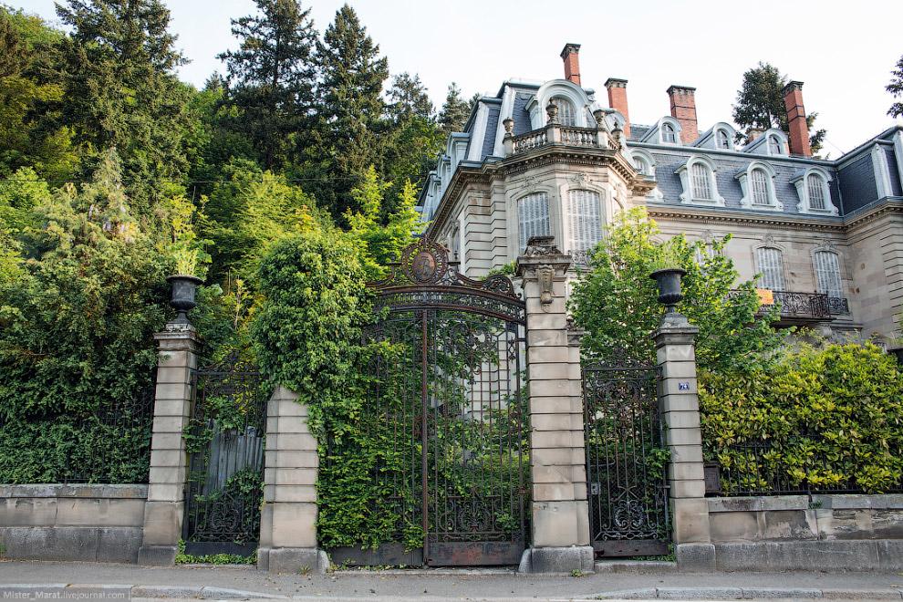 замок Люмьер