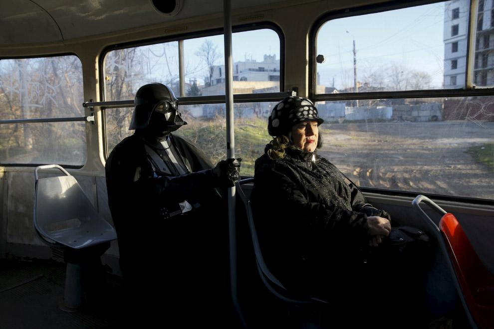 В трамвае в Одессе, Украина