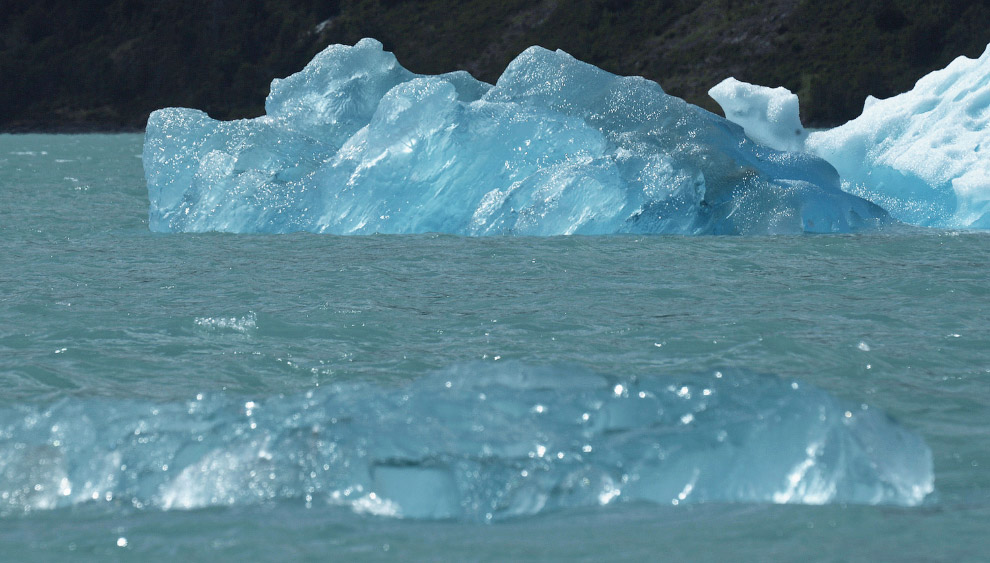 Льды в Национальном парке Лос-Гласьярес