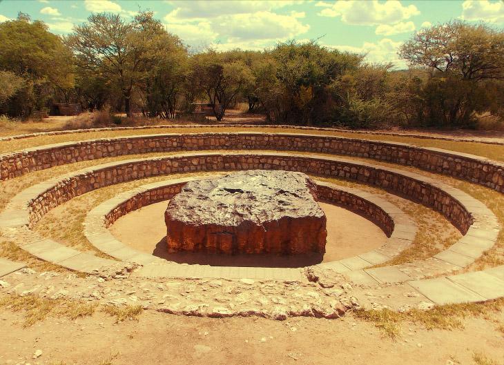 Гоба: крупнейший из найденных метеоритов