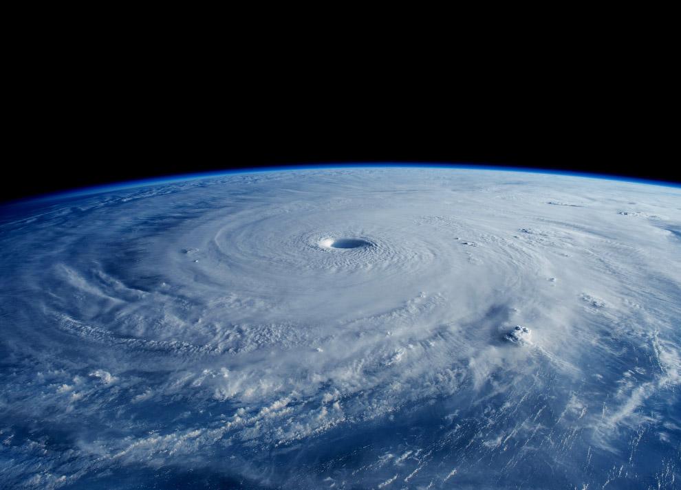 Супертайфун «Майсак»