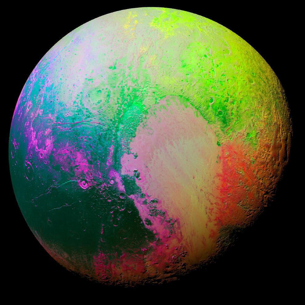 Раскрашенный в искусственные цвета Плутон