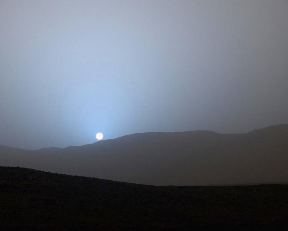 Так выглядит закат на Марсе