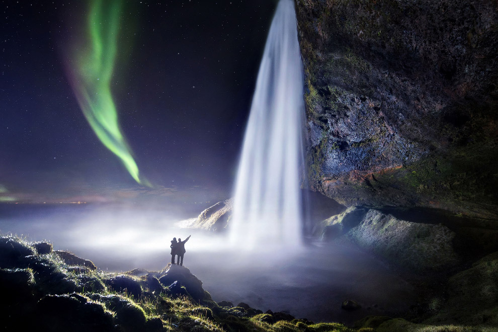 Гіпнотизуючі водоспади