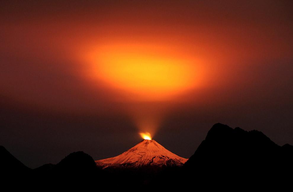Вулкан Вильяррика в Араукании, Чили