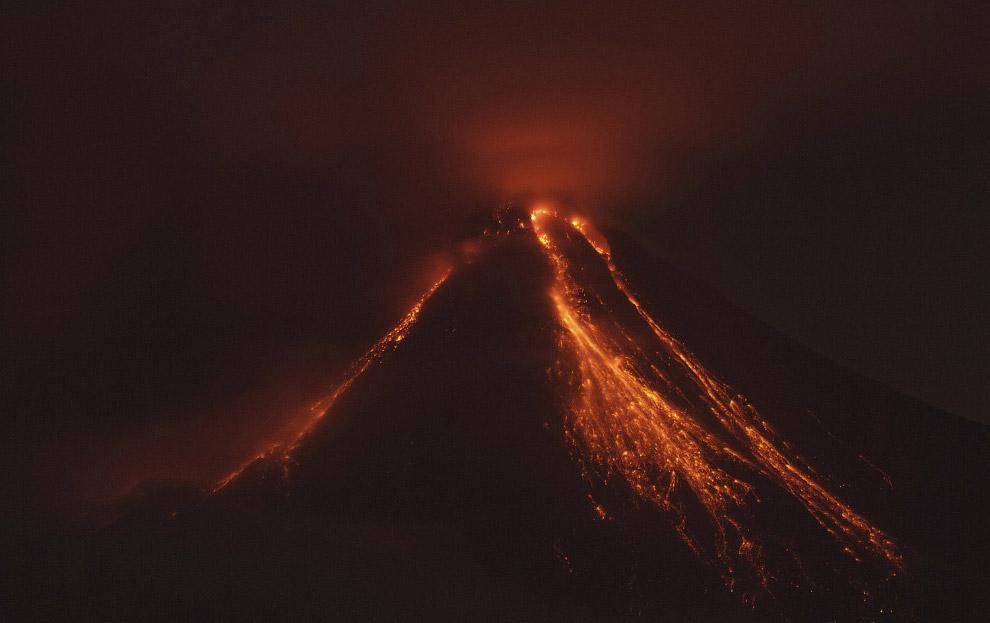 Вулкан Колима на западе Мексики