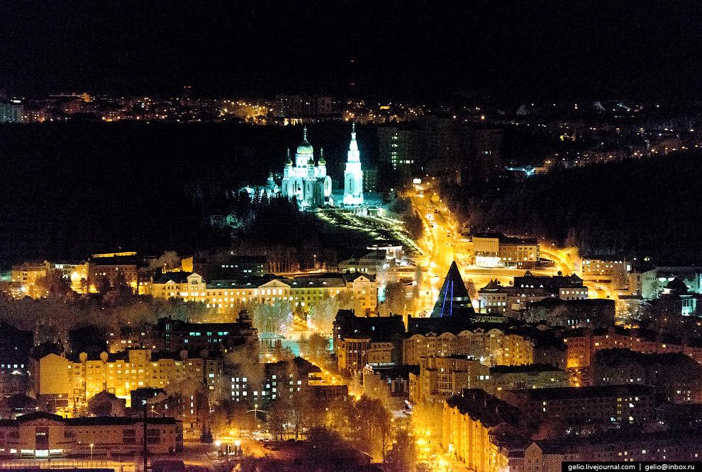 Ханты-Мансийск — столица Югры.