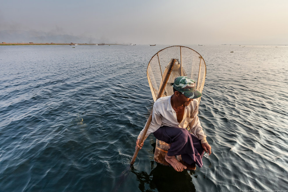 Рыбаки на озере Инле