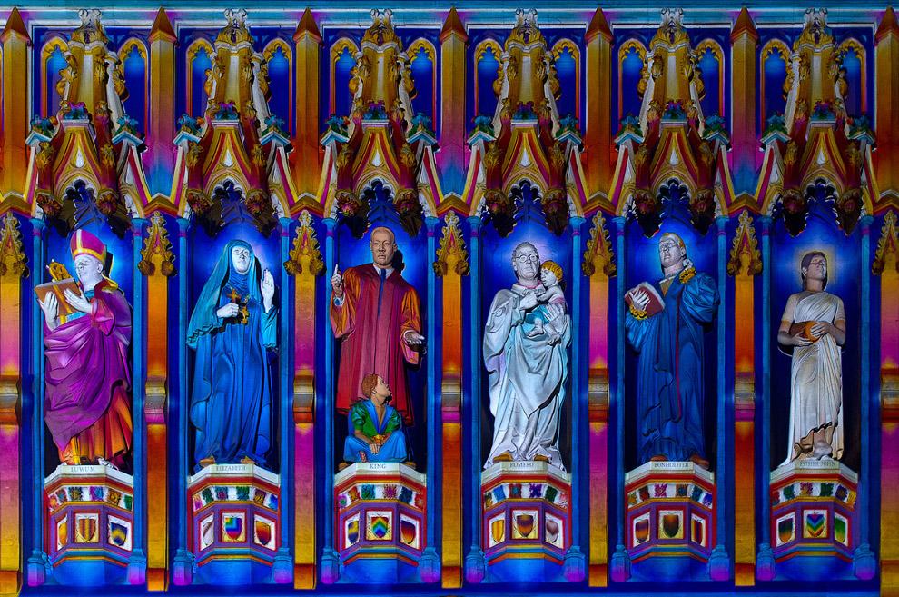 Композиция Духовный свет на фасаде Вестминстерского аббатства