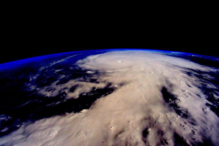 Ураган Патрисия из космоса