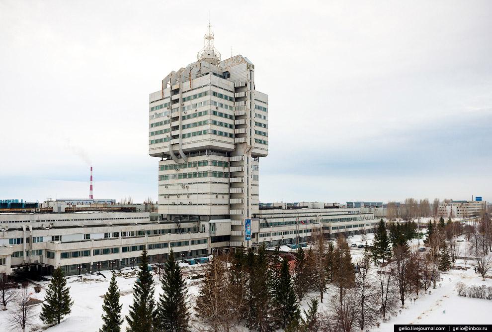 Главное административное здание «Авиастара»