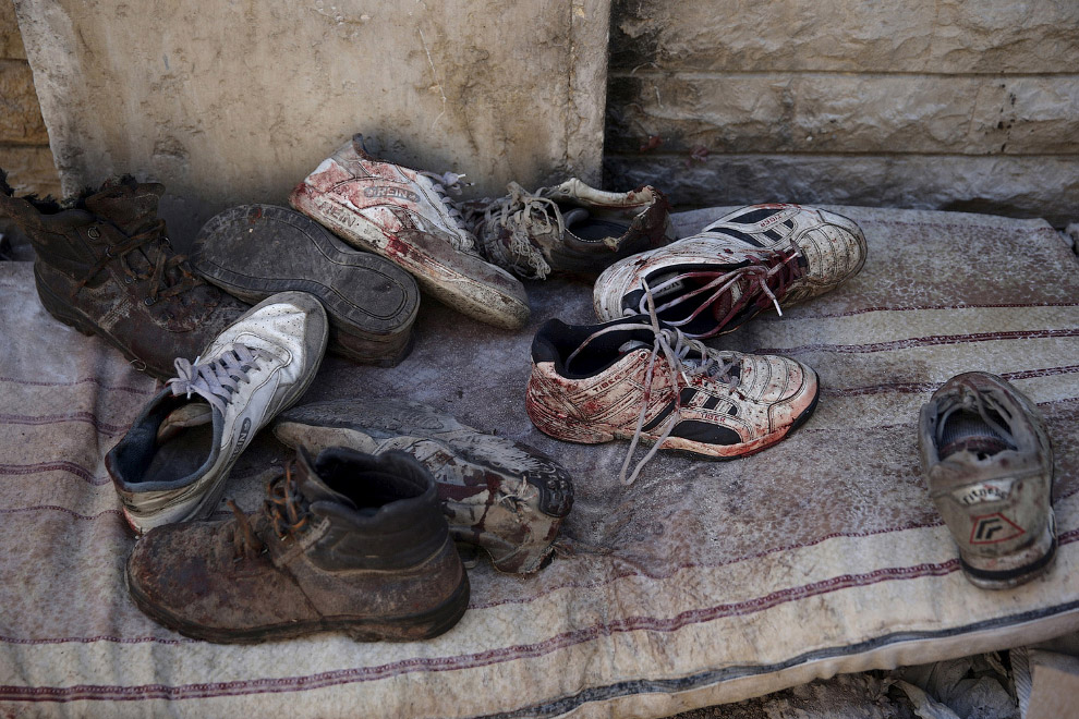 Окровавленный кроссовки