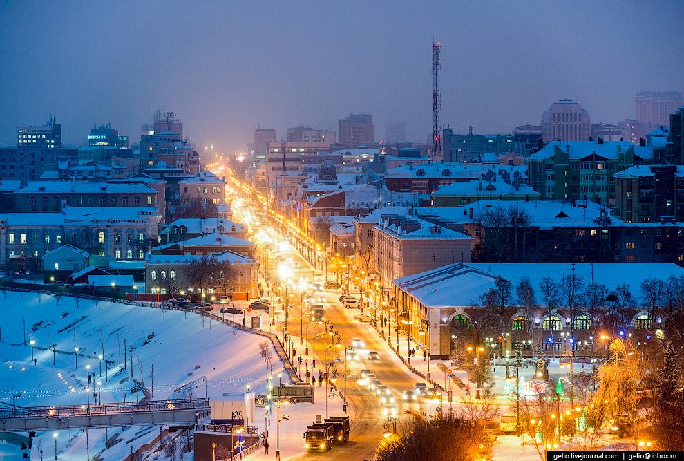 Улица Республики — центральная улица Тюмени.
