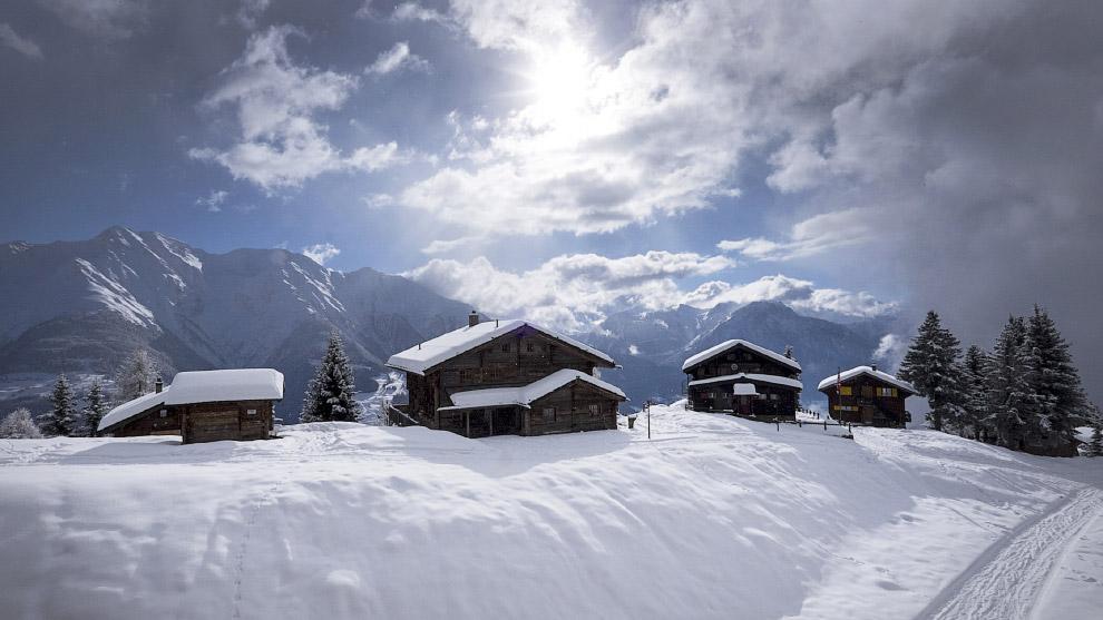 Горный курорт Ридеральп в кантоне Вале в Швейцарии
