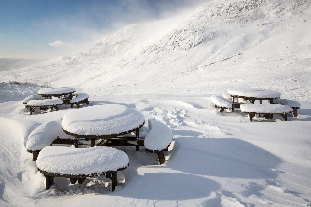 Столы для пикника в графстве Камбрия, Англия