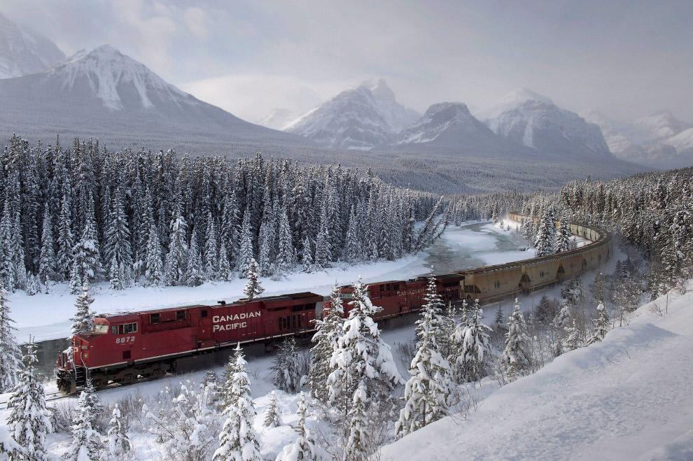 Канадская тихоокеанская железная дорога зимой