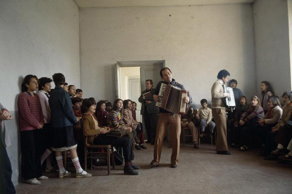 Пионеры репетируют концерт: