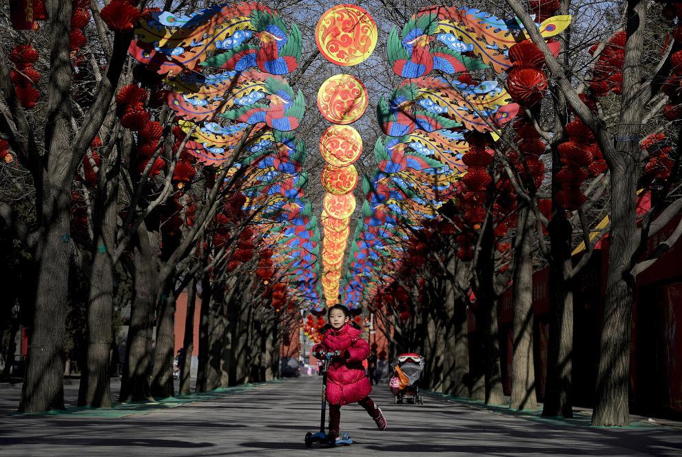 Украшения в Пекине перед Новым годом по лунному календарю