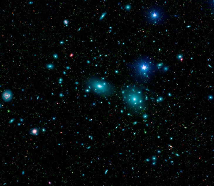 галактика NGC 4889