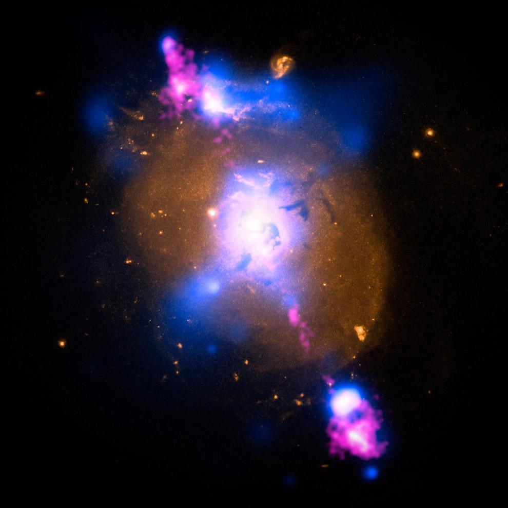 Галактика 4C+29.30
