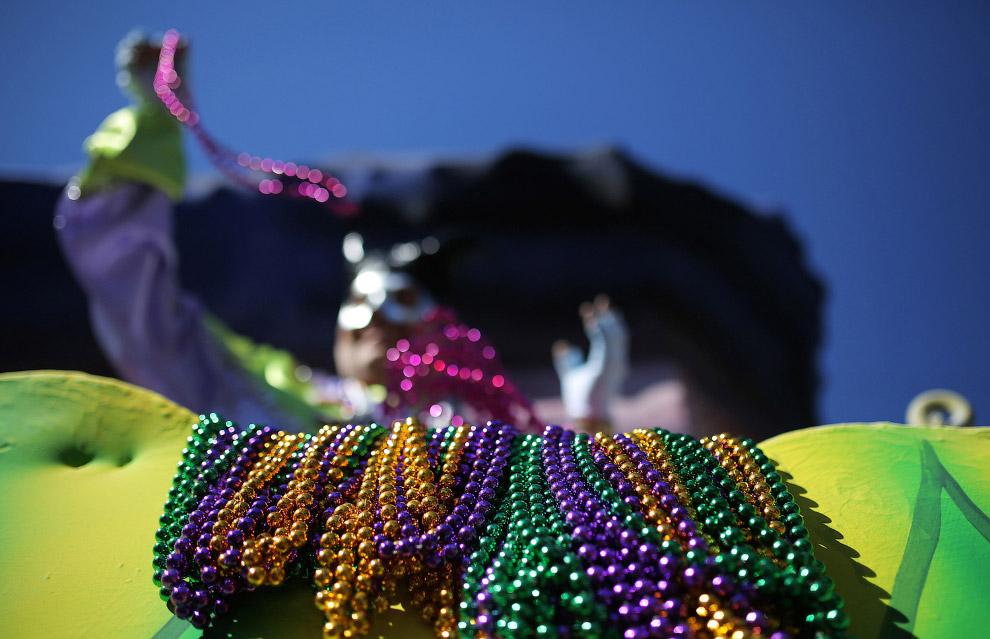 Карнавальное шествие в Новом Орлеане