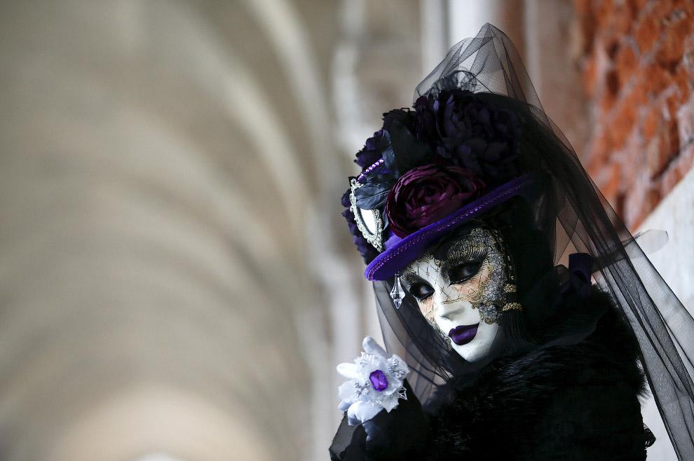 Венецианский карнавал на площади Сан-Марко