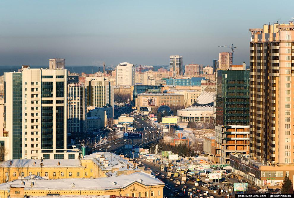 Октябрьская магистраль.