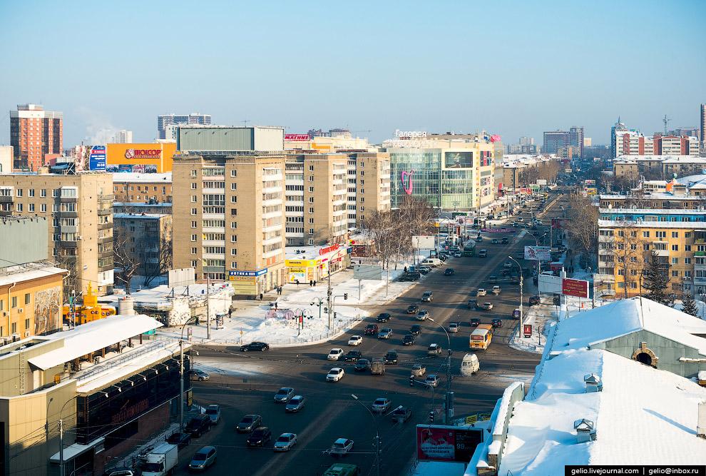 Улица Гоголя. Станция метро «Красный проспект».
