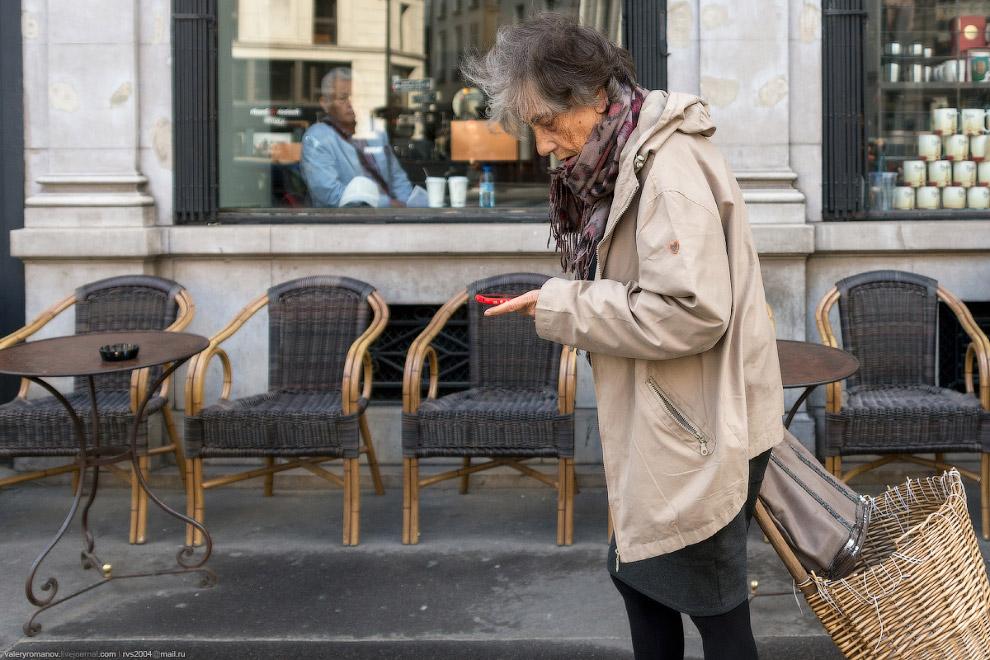 Пожилая парижанка