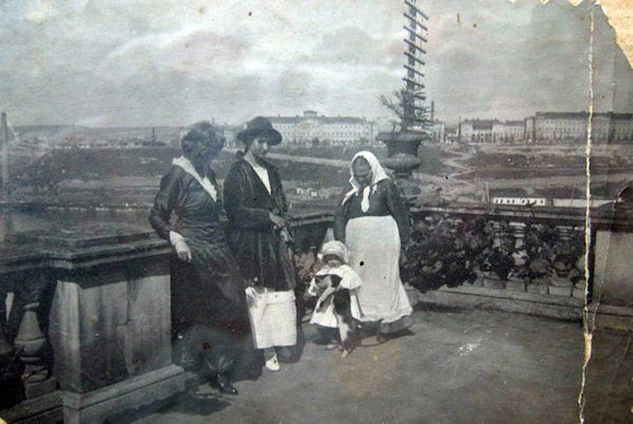 Туристы в Севастополе