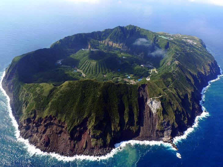 1. Аогасима, Япония: жизнь на вулкане