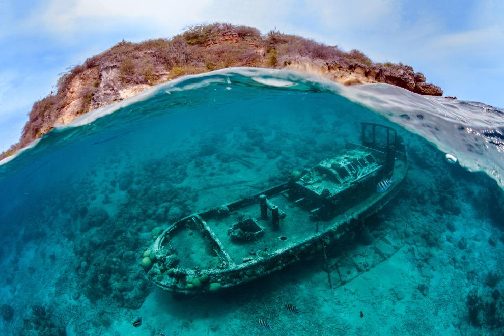 Затонувший буксир «Саба», остров Кюрасао