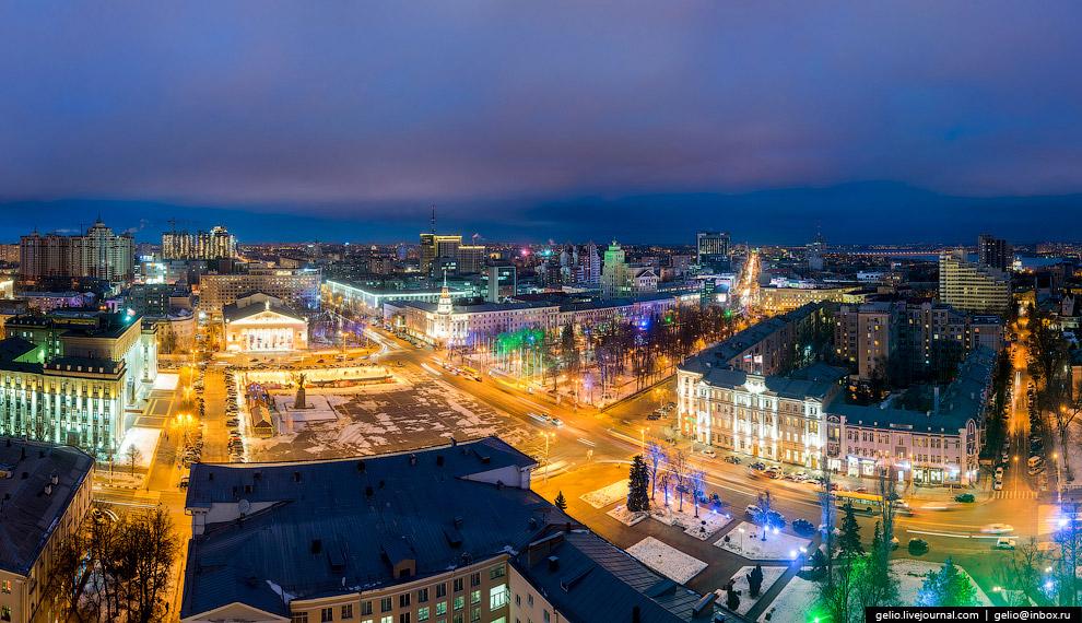 Площадь Ленина — центральная площадь города.