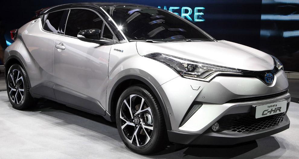 Toyota C-HR: кроссовер для молодых