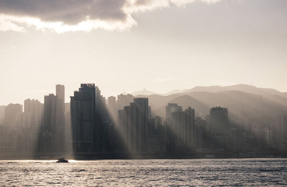 Рассвет над Гонконгом