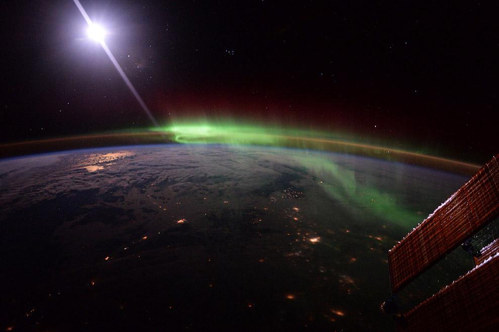 Так выглядит северное сияние с МКС