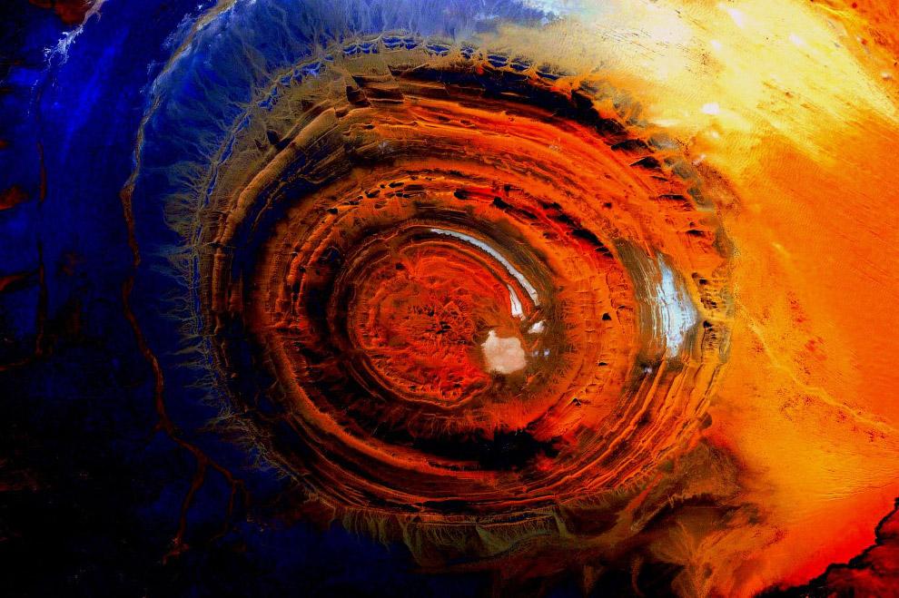 Знаменитый глаз Сахары – кольцевая структура Ришат