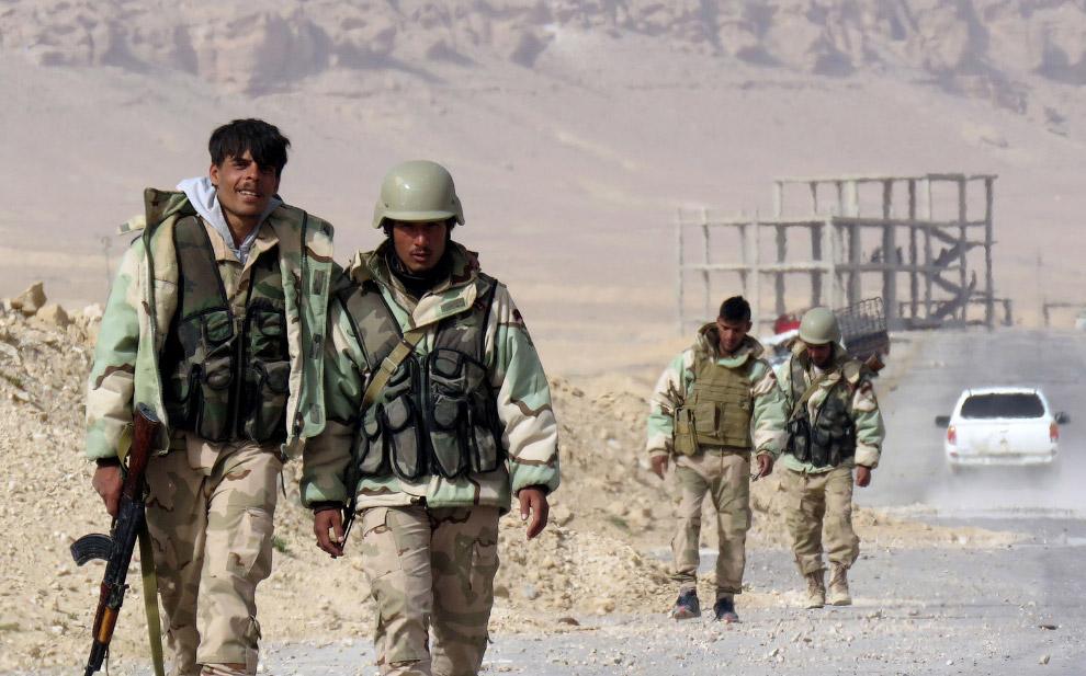 Солдаты сирийской армии в Пальмире